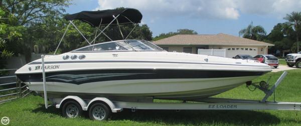 Used Larson 254 Escape Deck Boat For Sale
