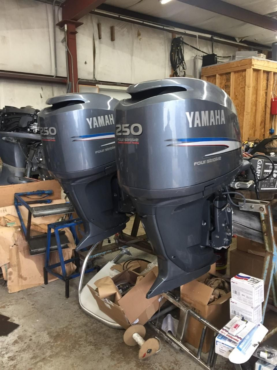 2005 Used Yamaha Outboards F250 Center Console Fishing Boat
