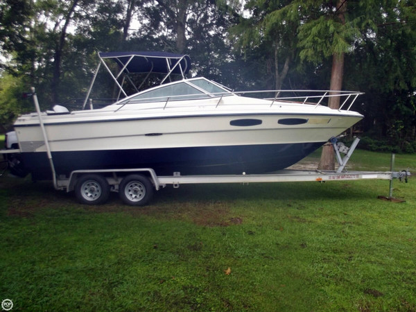 Used Sea Ray SRV 230 Cruiser Boat For Sale