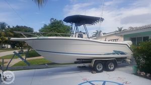Used Quest 220CC Center Console Fishing Boat For Sale