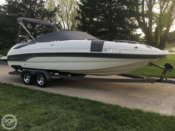 Used Bryant 236 DB Deck Boat For Sale