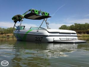 Used Sanger 237 LTZ Ski and Wakeboard Boat For Sale