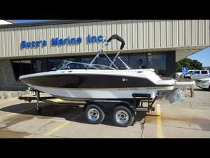 New Four Winns Deck Boat For Sale