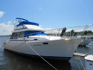 Used Bayliner 3270 Motoryacht Motor Yacht For Sale