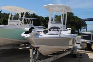 New Robalo 226 Cayman Center Console Fishing Boat For Sale