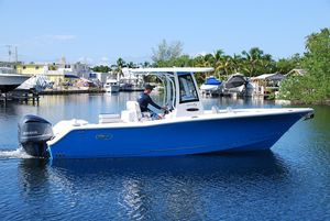 New Sea Hunt Gamefish Center Console Fishing Boat For Sale