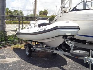 Used Walker Bay Generation 400 Center Console Fishing Boat For Sale