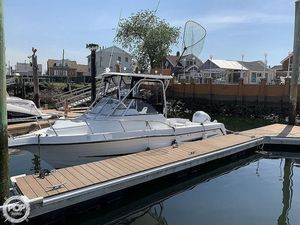 Used Hydra-Sports Vector 2250 CC Walkaround Fishing Boat For Sale