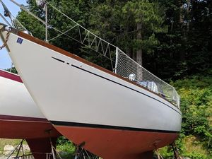 Used Allied Seabreeze Sloop Sailboat For Sale