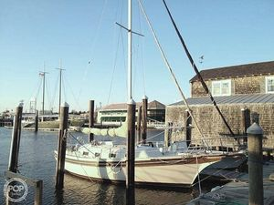 Used Bayfield Yachts 32 C Sloop Sailboat For Sale