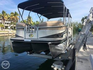 Used Sun Tracker Party-Barge 25 XP3 Pontoon Boat For Sale