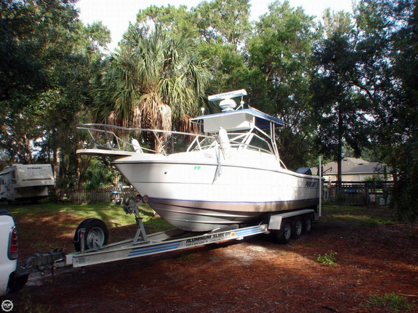 Used Pursuit 2550 Cuddy Cabin Walkaround Fishing Boat For Sale