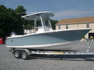New Sea Hunt 211 Ultra Center Console Fishing Boat For Sale