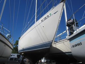 Used Hughes 38 MK 3 Cruiser Sailboat For Sale