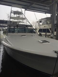 1995 Used Viking Express Sports Fishing Boat For Sale