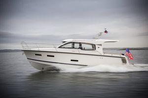 New Nimbus 305 Cruiser Boat For Sale