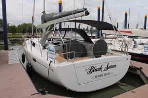 Used Hanse 415 Cruiser Sailboat For Sale