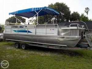 Used Lowe L 245 Pontoon Boat For Sale