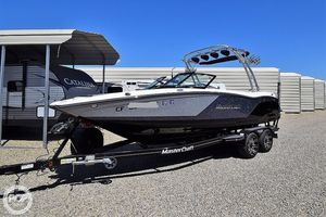 Used Mastercraft 22 NXT Ski and Wakeboard Boat For Sale