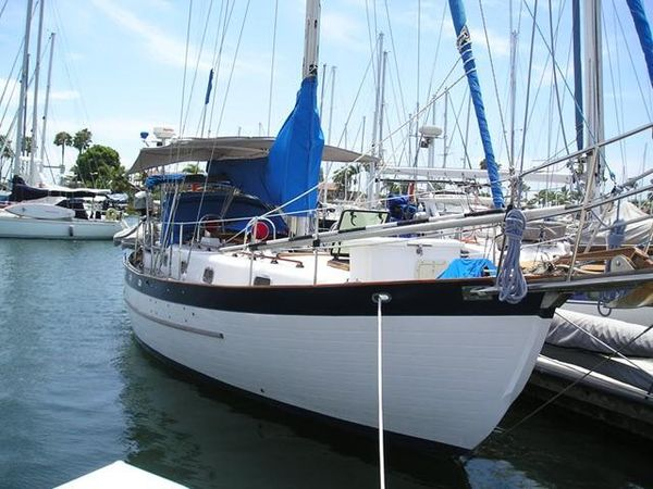 Used Young Sun Bluewater Cruiser 35 Cruiser Sailboat For Sale