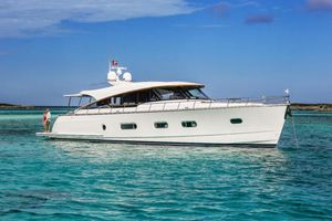 New Belize 66 Sedan Motor Yacht For Sale
