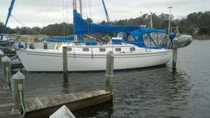 Used Com-Pac 33 Cruiser Sailboat For Sale