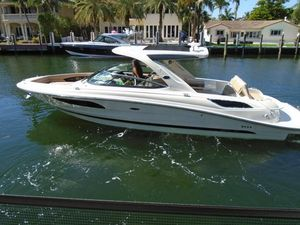 Used Sea Ray 350 SLX Sports Cruiser Boat For Sale