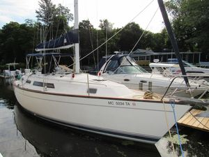 Used S2 35 Center Cockpit Cruiser Sailboat For Sale