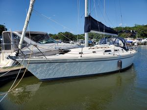 Used Pearson 33-2 Cruiser Sailboat For Sale