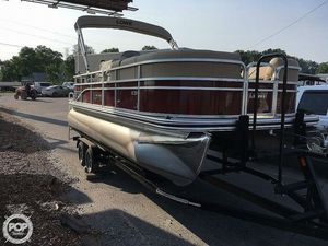 Pontoon Boats For Sale - 16ft to 26ft | Moreboats com