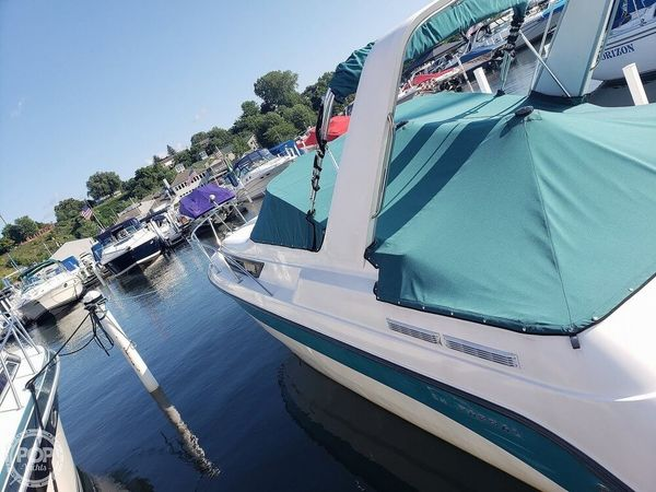 Used Chaparral 29 Signature Express Cruiser Boat For Sale