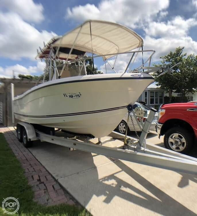2005 Used Cape Craft 2200wi Center Console Fishing Boat For