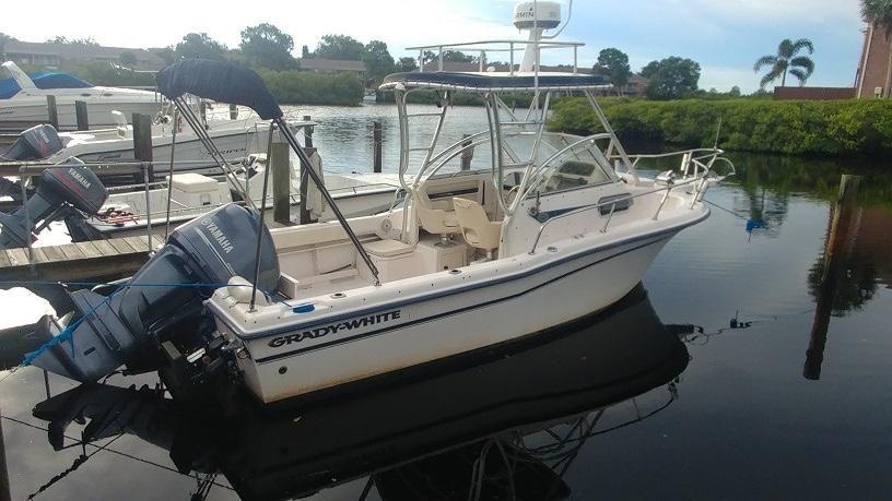 2003 Used Grady-White Adventure 208 Center Console Fishing