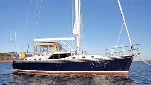 Used Hylas 56 Raised Salon Cruiser Sailboat For Sale