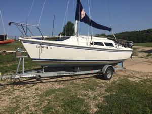Used Catalina 22 Mark II Cruiser Sailboat For Sale