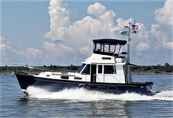 Used Legacy Yachts 40 Sedan Trawler Boat For Sale