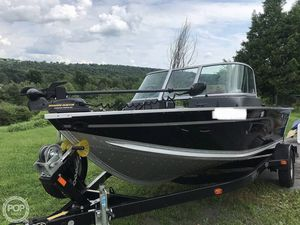 Used Alumacraft Competitor 165 Aluminum Fishing Boat For Sale