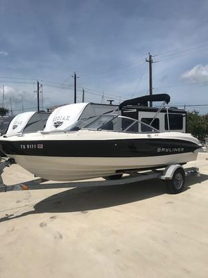 Used Bayliner 215 Bowrider Boat For Sale