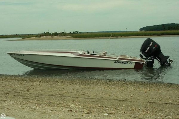 Used Activator 22 High Performance Boat For Sale