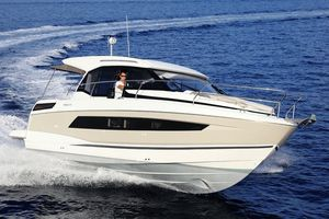 New Jeanneau NC 33 Express Cruiser Boat For Sale