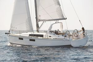 New Beneteau Oceanis 35.1 Daysailer Sailboat For Sale