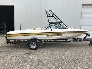 Used Malibu Response LXResponse LX Ski and Wakeboard Boat For Sale