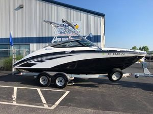 Used Yamaha Boats 212X212X Runabout Boat For Sale