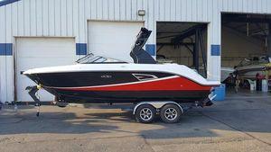 New Sea Ray SLX 230SLX 230 Bowrider Boat For Sale