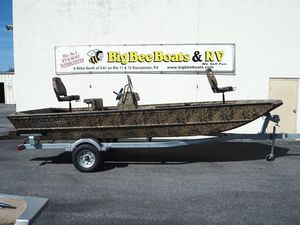 New Lowe Roughneck 2070 CCRoughneck 2070 CC Bass Boat For Sale