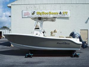 New Nauticstar 2102 XS LEGACY2102 XS LEGACY Center Console Fishing Boat For Sale