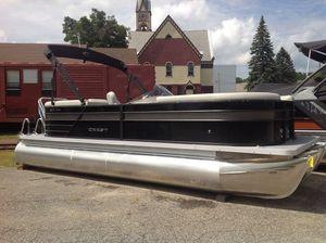 New Crest CL DLX 220SLCCL DLX 220SLC Pontoon Boat For Sale