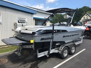Used Malibu 23 LSV23 LSV Sports Fishing Boat For Sale