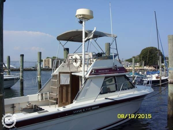 Used Wellcraft 2900 Sport Bridge Express Cruiser Boat For Sale