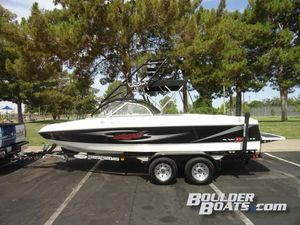 Used Tige Switch iSwitch i Ski and Wakeboard Boat For Sale
